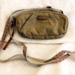 Keen crossbody purse